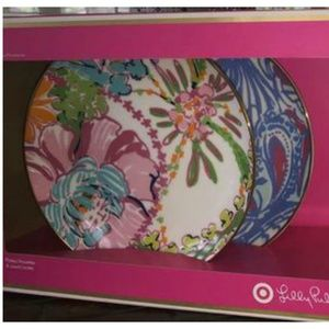 Lilly Pulitzer Target Set of Plates Never used